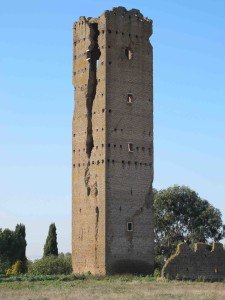 Tor Maggiore - Uno dei monumenti in assoluto più belli e maggiormente in pericolo di tutto il Lazio.